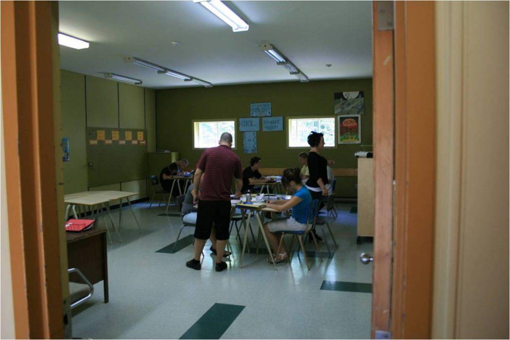 Salle de class au lac Écho