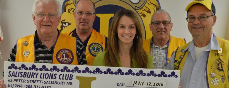 Club Lion donates to Portage Atlantic