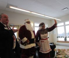 Père et Mère Noël Chez Portage
